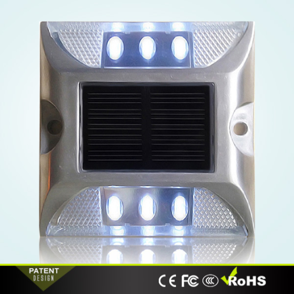 Plot Routier LED Solaire Fixe Blanc 6 Leds
